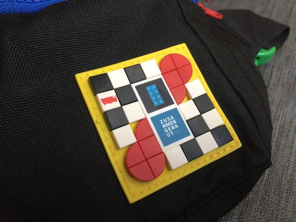 LEGO Dots auf einem LEGO Levi's-Patch