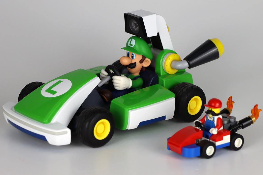 Mario Kart Live Home Circuit: Luigi und Mario als LEGO MOC