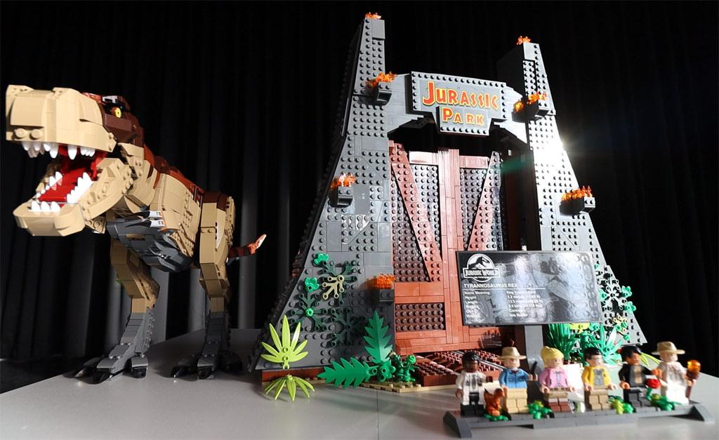 LEGO Jurassic Park 75936 T. Rex' Verwüstung