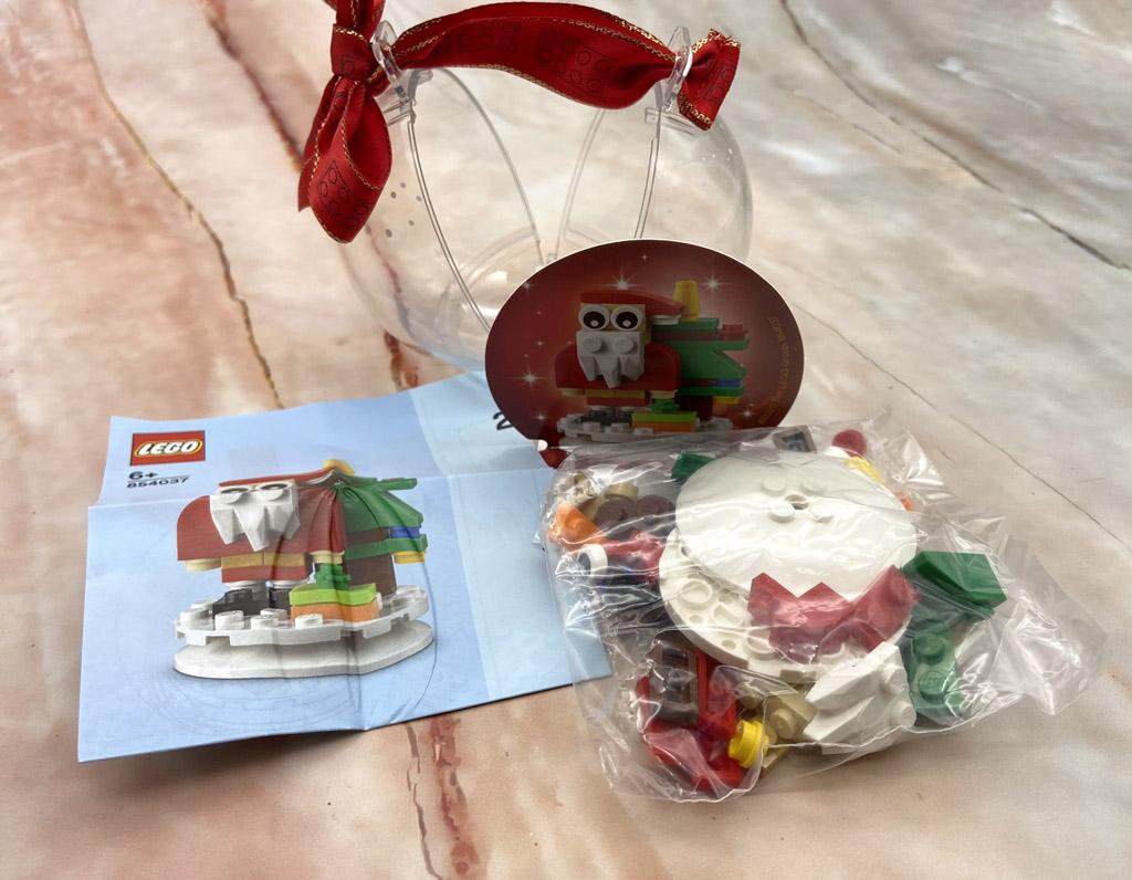LEGO Seasonal 854037 Christbaumkugel mit Weihnachtsmann Unboxing