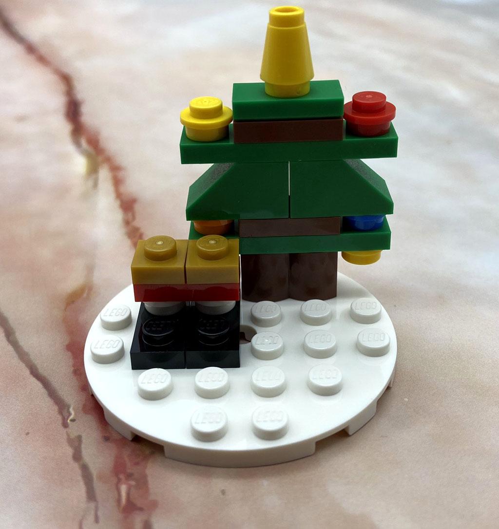 LEGO Seasonal 854037 Christbaumkugel mit Weihnachtsmann