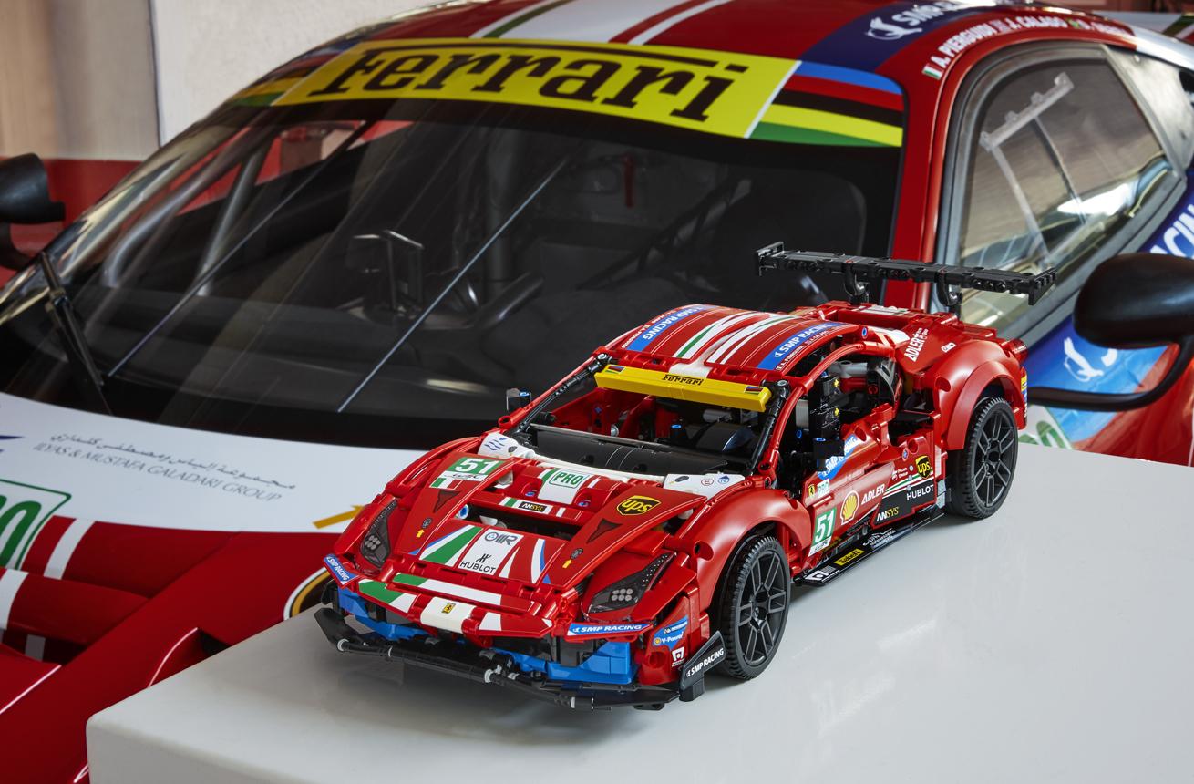 Lego Technic 42125 Ferrari 488 Gte Af Corse 51 2021 Alle Bilder Und Infos Update Zusammengebaut