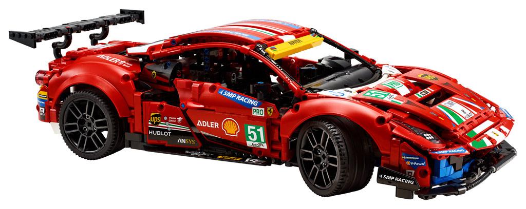 "LEGO Technic 42125 Ferrari 488 GTE ""AF Corse #51"": Startklar am 1. Januar 2021"