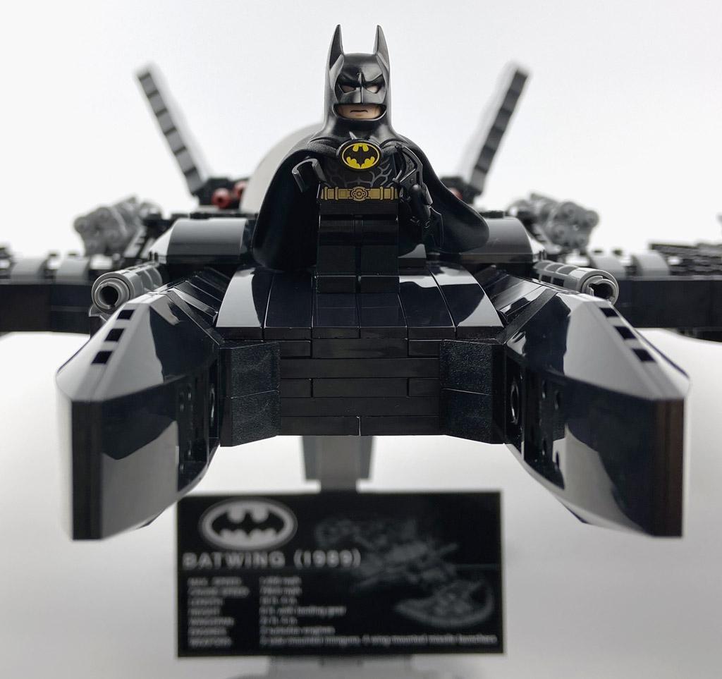 LEGO DC Super Heroes 76161 1989 Batwing Minifiguren Batman Front Bug