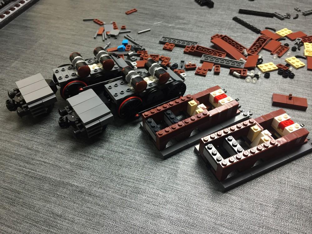 Seitenteile des LEGO Krokodils im Aufbau