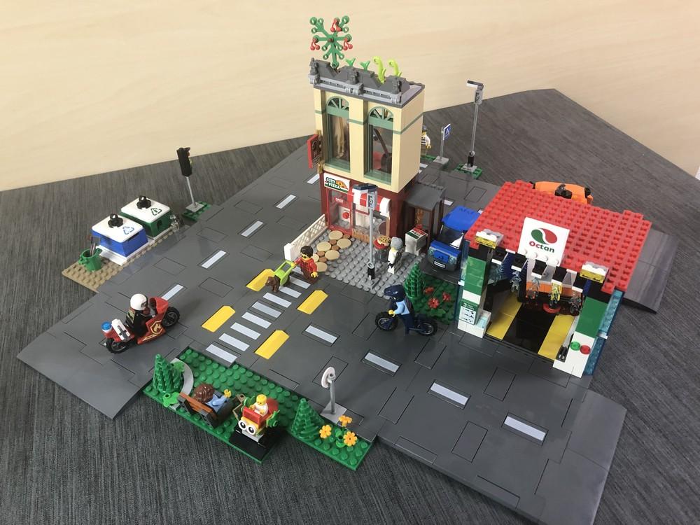 Variante von den beiden neuen Sets, wo ein Fahrt um das Gebäude möglich ist