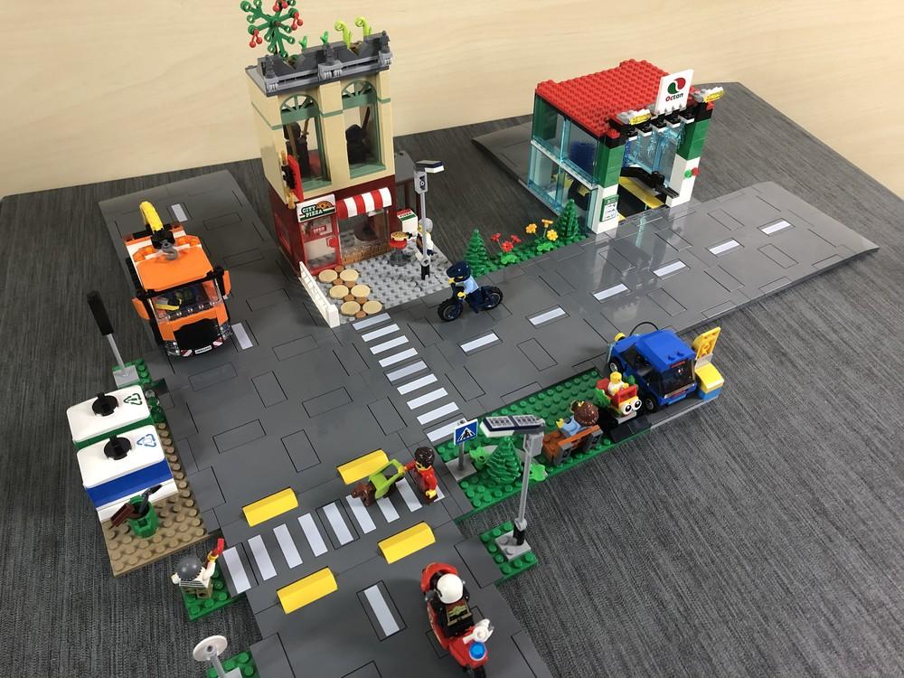 Seitenansicht aus den kombinierten LEGO City Sets 60292 und 60304