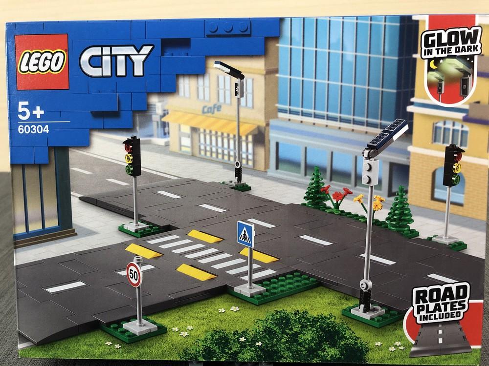LEGO Set 60304 von vorne