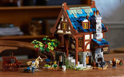 LEGO Ideas 21325 Mittelalterliche Schmiede