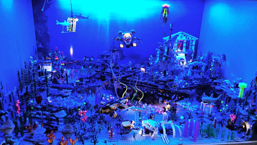 BenBricks Unterwasserwelt MOC im stimmungsvollen Licht