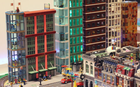 Fifth Avenue der New Ukonio nun mit LEGO Flagship Store