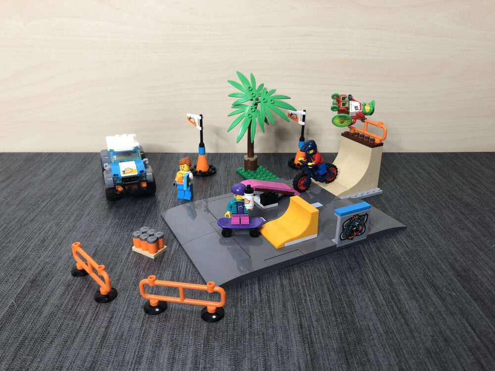 LEGO City 60290 Skatepark zusammengebaut