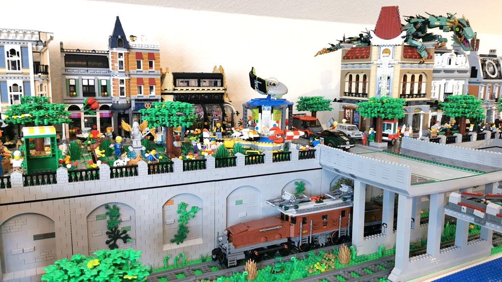 BenBricks LEGO Stadt Die Häuserzeile ist getrennt von den Schienen
