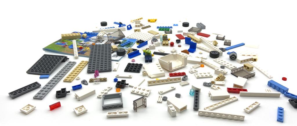 Das LEGO City 60283 Ferien-Wohnmobil Die Stein