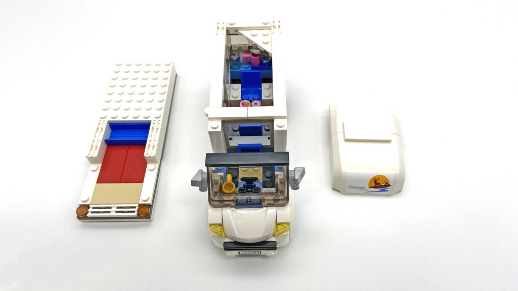 Das LEGO City 60283 Ferien-Wohnmobil, das Dach