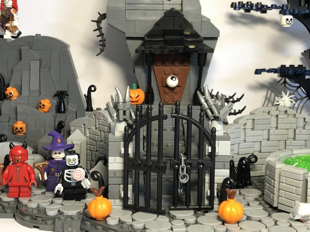 LEGO Halloween Town Eingang von Jacks Haus