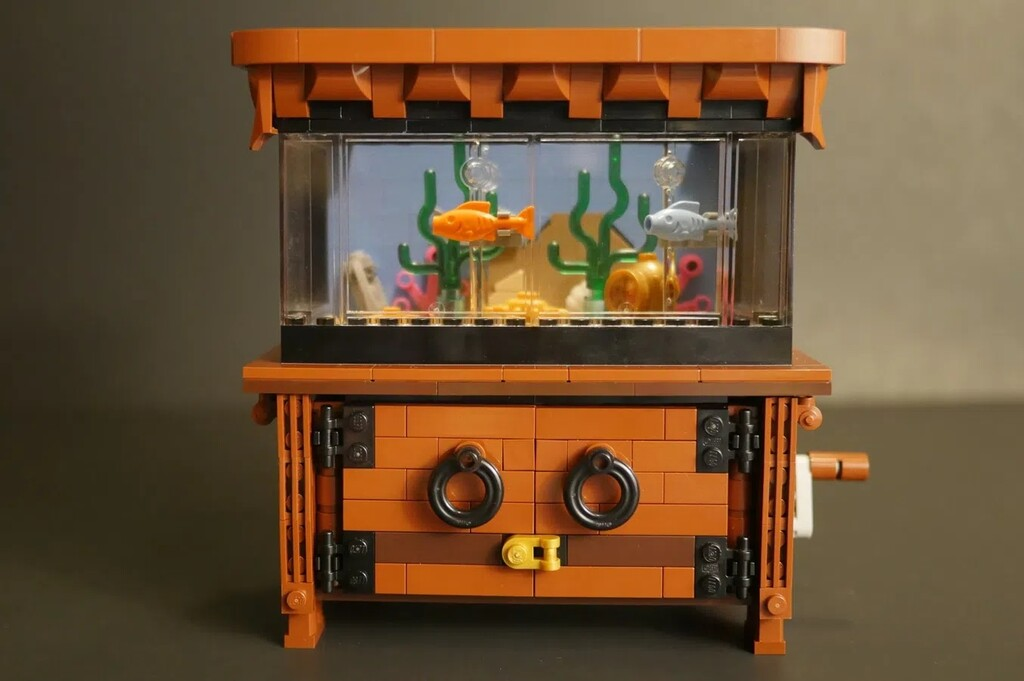 BrickLink Designer Program: The Clockwork Aquarium