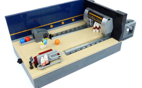 LEGO Ideas Working Bowling Alley - with functional Pinsetter & Ball Return
