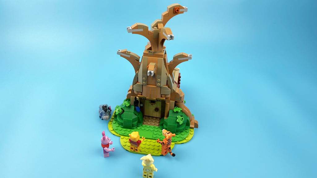 LEGO Ideas 21326 Disney Winnie the Pooh der Baum ist noch etwas nackt