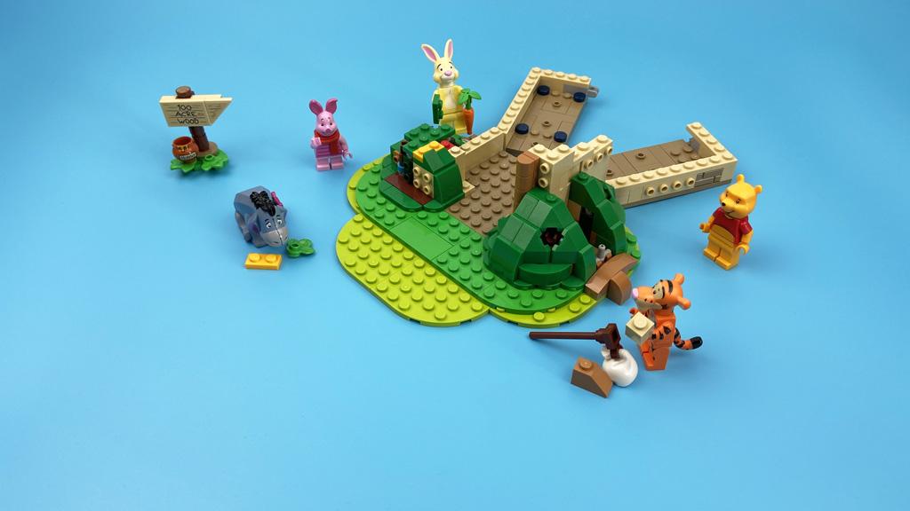 LEGO Ideas 21326 Disney Winnie the Pooh Die Truppe ist vollzählig