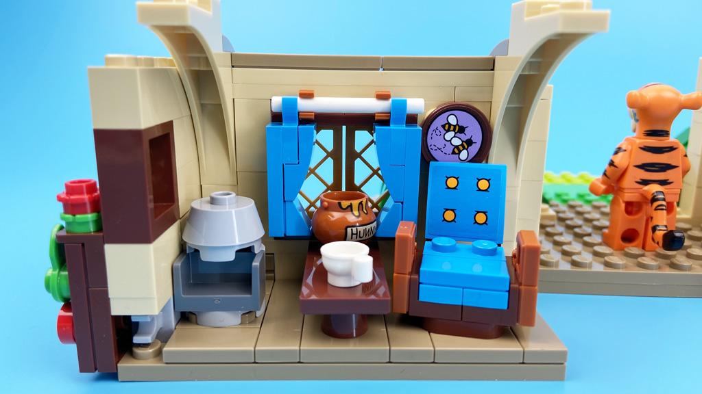 LEGO Ideas 21326 Disney Winnie the Pooh ... lieber noch schnell einen Snack