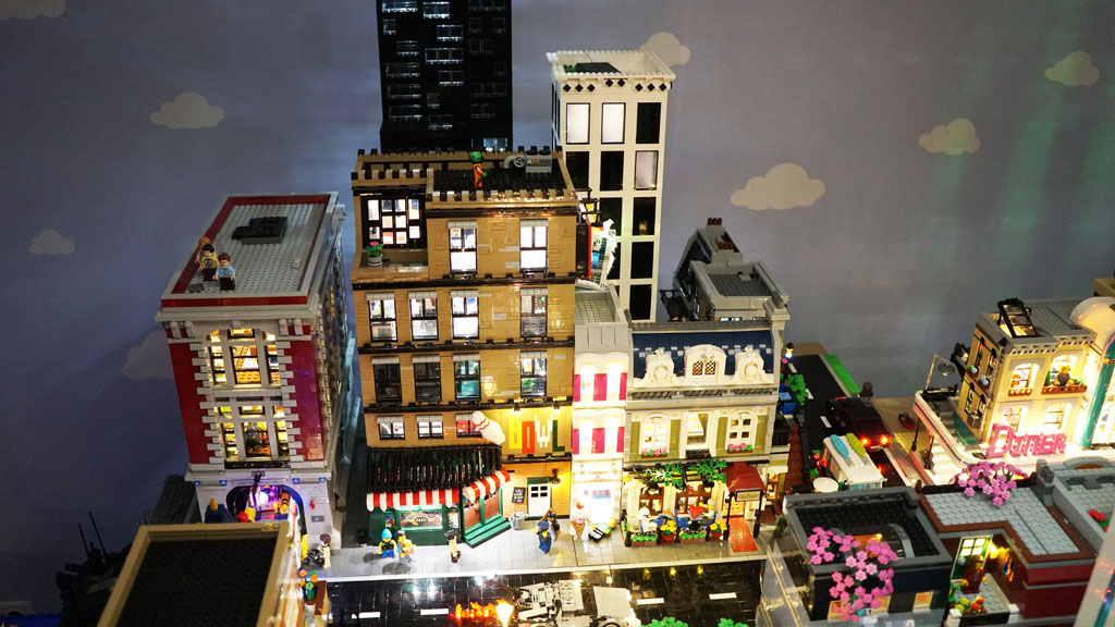 Stadtgespräch Bricksonville im Überblick Central Perk