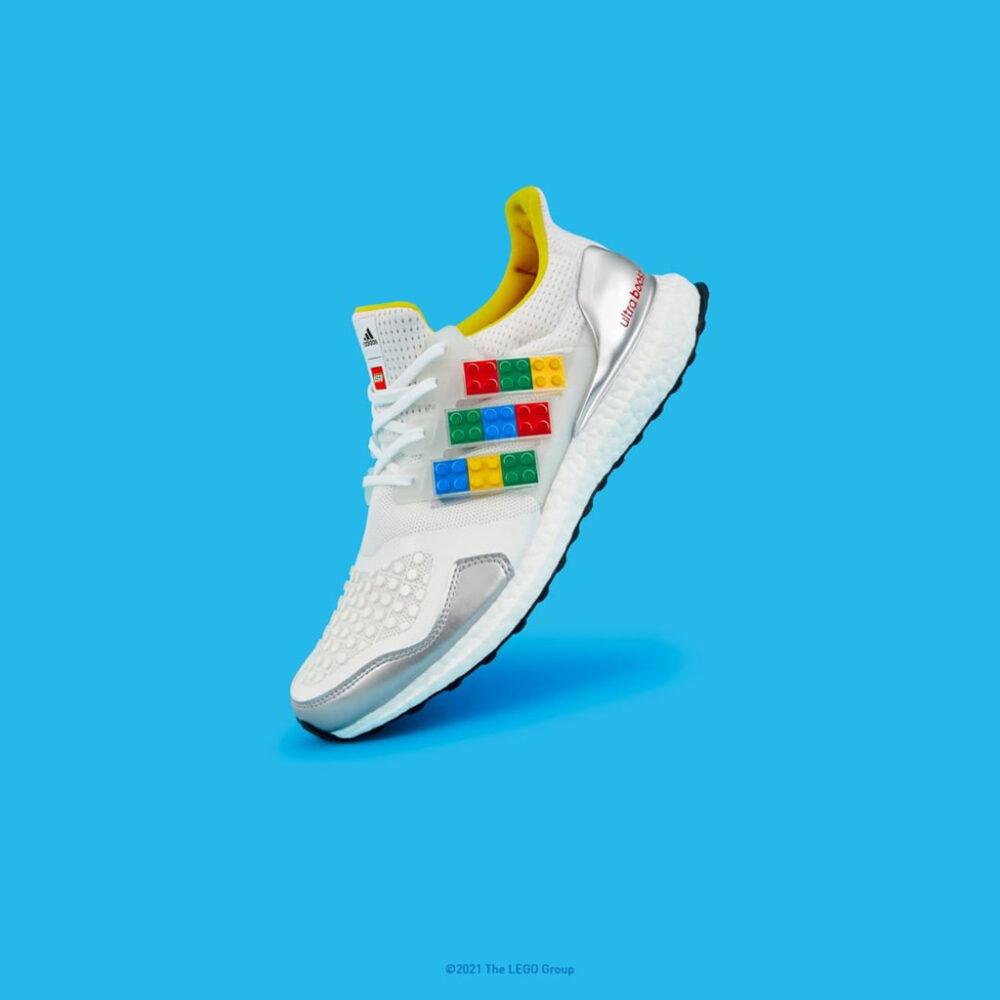 ADIDAS ULTRABOOST DNA X LEGO