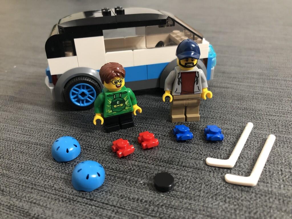 LEGO Familienvan mit Vater und Sohn des Familienhauses
