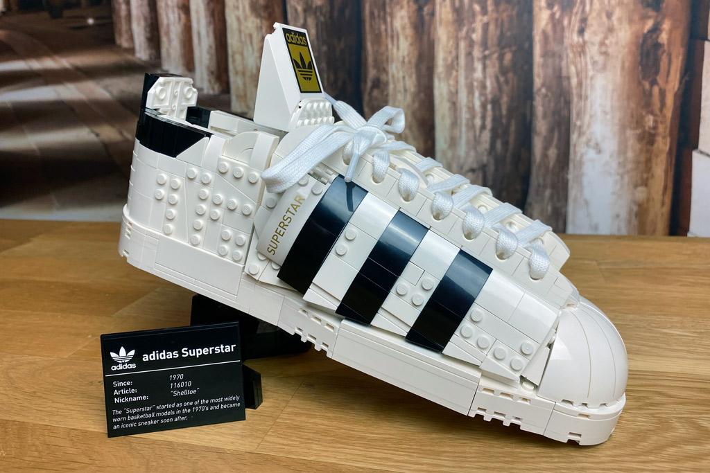 LEGO 18+ 10282 Adidas Originals Superstar