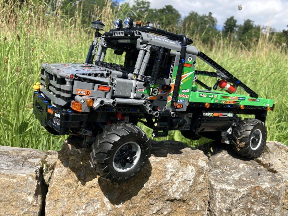 LEGO Technic 42129 4x4 Mercedes-Benz Zetros Offroad Truck