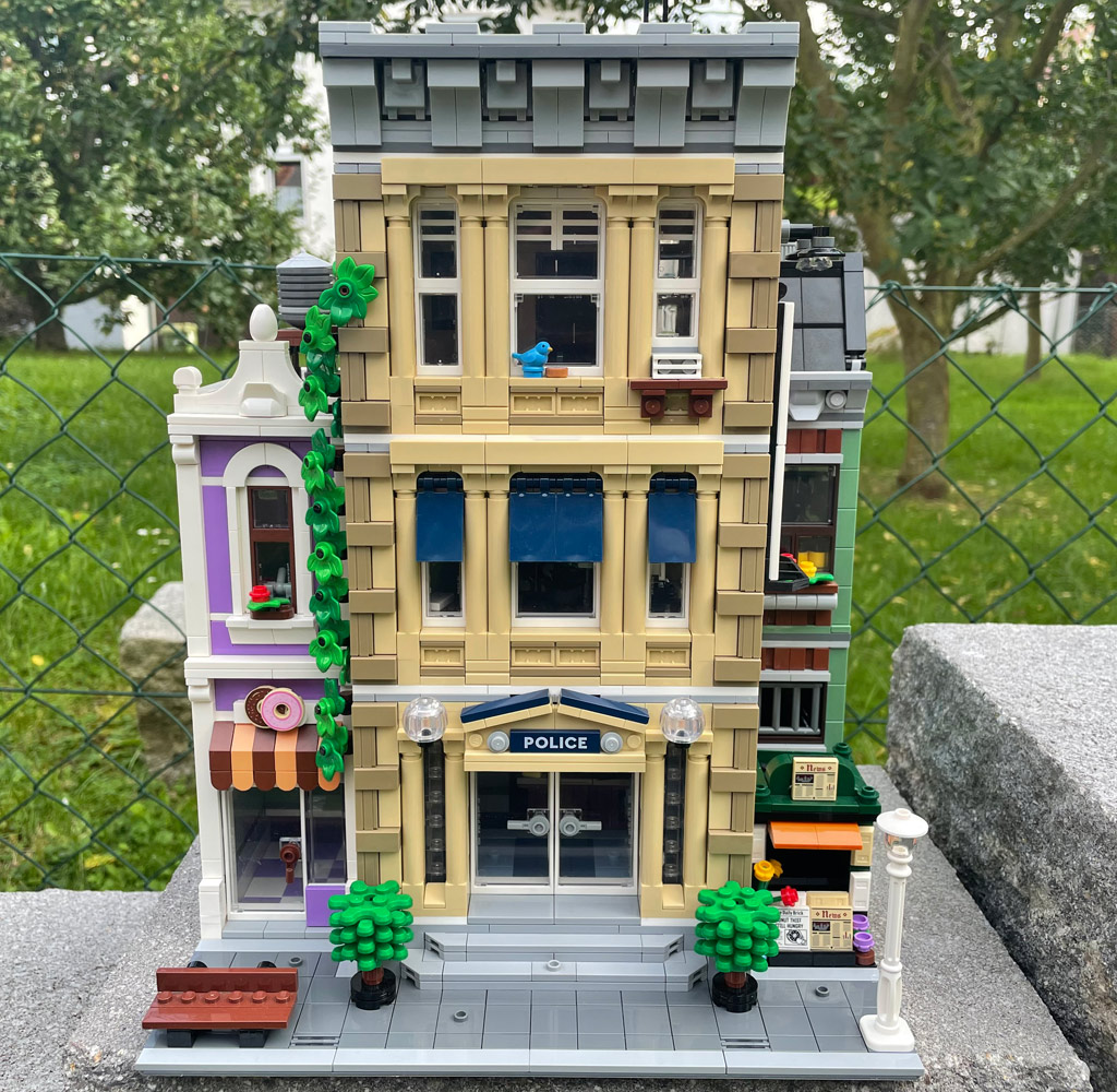 LEGO 10278 18+ Polizeistation